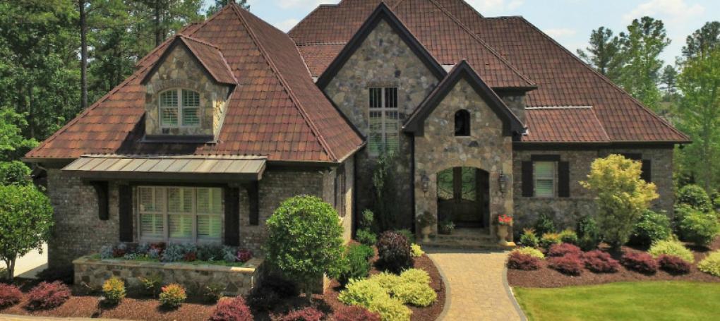 Casa com telha ecológica Onduvilla